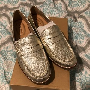 Sperry Mocs NEW